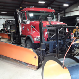 2016_Volvo_Snow_Plow_and_Dump_Truck